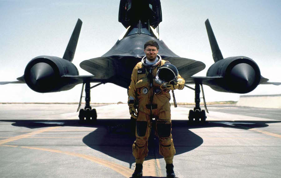 Brian Shul in front of an SR-71.